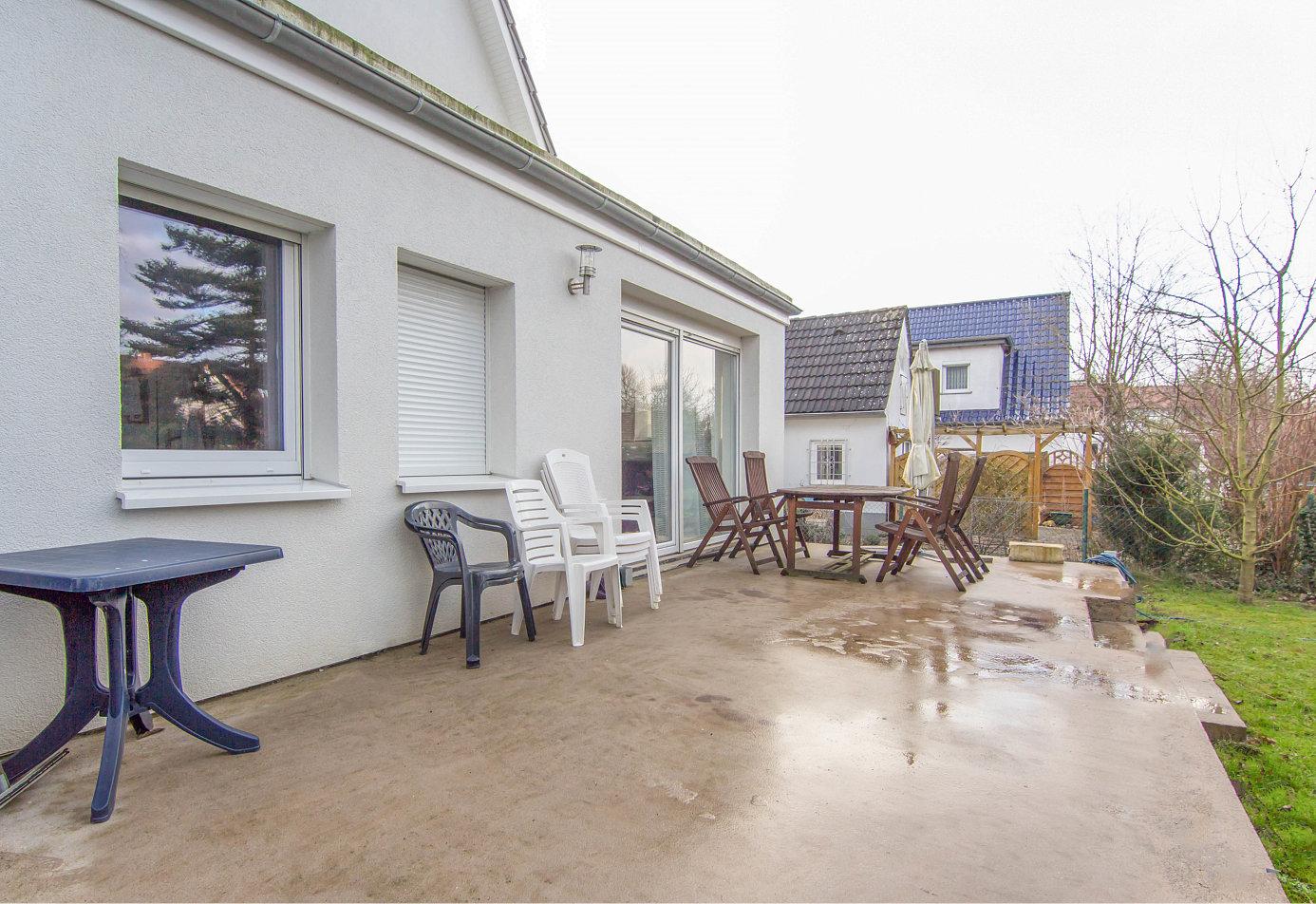 Traumhaus in kattenesch rosenbusch immobilien for Modernes haus elektrik